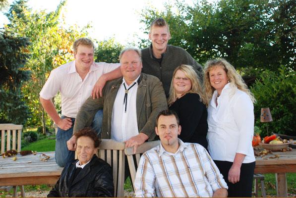 Naturhof Engel: Familie Engel
