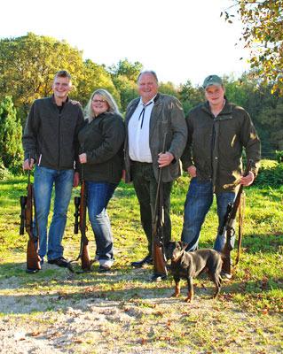 Naturhof Engel: die Jäger der Familie Engel